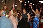Maturitní ples Střední školy zdravotnické.