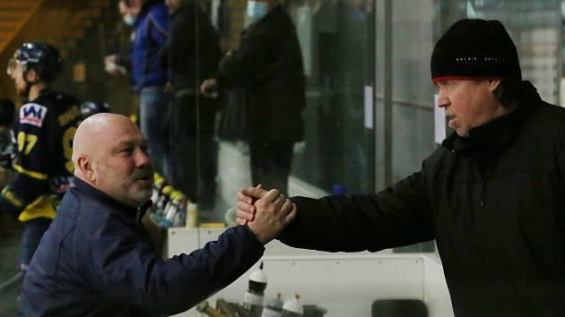 Miroslav Mach (vlevo) a Petr Rosol během zápasu Slovan Ústí nad Labem vs Kadaň