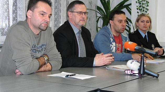 Tisková konference ústecké policie.