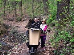 Dobrovolníci uklízeli Bertino údolí.
