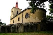 Jakuba Staršího v Letařovicích, malé obci nacházející se nedaleko Českého Dubu.