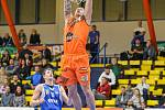 Utkání Ústí (v oranžovém) proti Ostravě