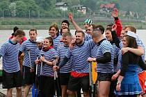 Jako banda námořníků vypadala posádka Labe 2014, která na závodech zanechala dobrý dojem.