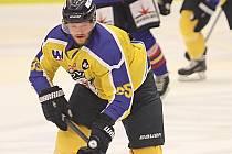 Hokejový útočník Jan Kloz.
