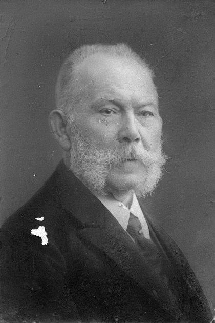 Adolf Kirschner.