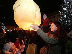 NADAČNÍ FOND MATĚJE PROŠKA proslul ve městě pořádáním charitativních akcí Rozsviťme Ústí.