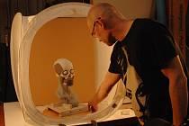S egyptology pracuje Petr Berounský roky, pomáhal i s rekonstrukcí hlavy Egypťanky.