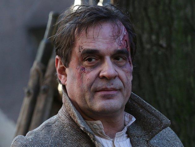 MIROSLAV ETZLER hraje ve snímku Tenkrát v ráji reálnou postavu malíře Oty Brázdy.