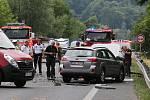 Tragická nehoda u Povrlů. Střet osobního a nákladního vozu nepřežil jeden člověk