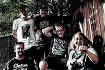 Klip Slabá místa od kapely Houba je pro Bělorusy, vzpírající se režimu.