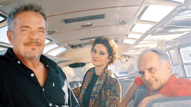 Folková skupina NEREZ & LUCIA.