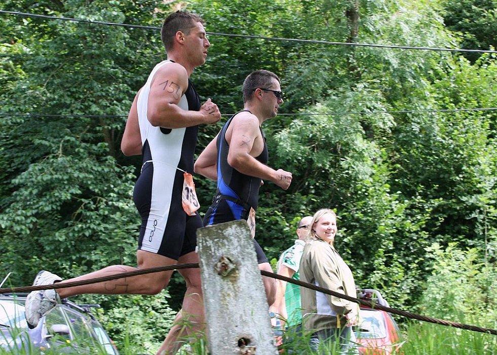 Čtyřiadvacátého ročníku Mosazného muže v Povrlech se zúčastnilo celkem 98 startujících.