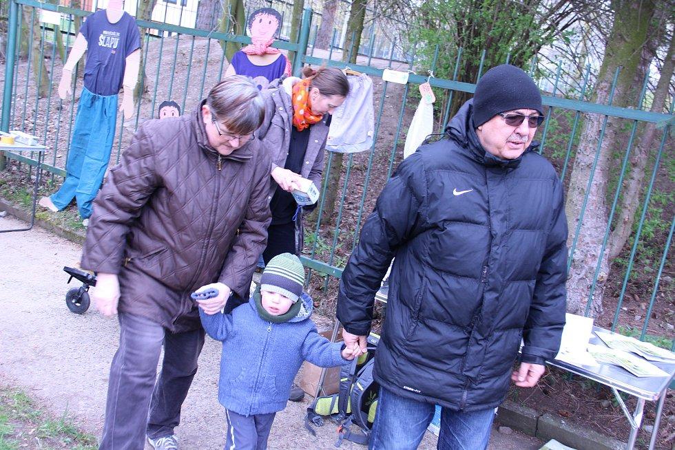 Komunitní zahrada Žížala na Terase rozjela druhou sezonu