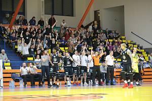 Basketbalové derby Ústí nad Labem - Děčín v rámci základní skupiny Alpe Adria Cupu 2019/2020.