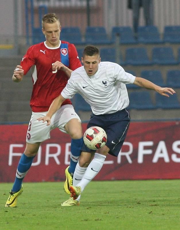 Fotbalisté ČR do 20 let remizovali v Ústí nad Labem s Francií 1:1.