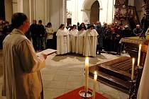a kostele Narození Panny Marie v Doksanech se předloniV klášteře 13. a 14. listopadu uskutečnily oslavy 20. výročí svatořečení Anežky České