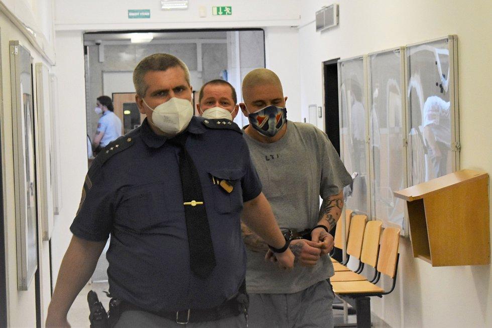 Obžalovaný Jiří Jäger u soudu v Ústí nad Labem