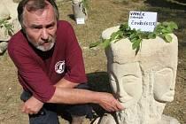 Výtvarná skupina Spolu slavila na sochařském sympoziu v Zubrnicích 25 výročí vzniku.