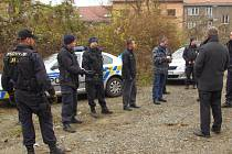Policisté prohledávají okolí Mariánské skály.