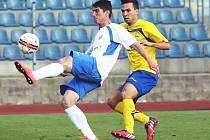 Ústečtí fotbalisté (bílé dresy) doma podlehli Zlínu 1:2.