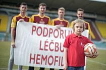 Letošní ročník této charitativní kampaně se rozhodl podpořit též FK Dukla Praha.
