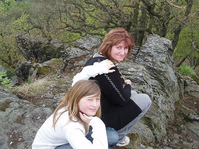 ODPOČINEK A BEZPEČÍ. Zázemí lékařce poskytují dcery Tereza a Sára, se kterými pravidelně jezdí na výlety a dovolené.
