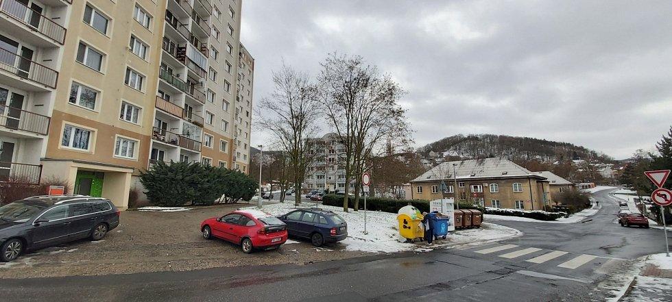 Obvod Střekov v Ústí nad Labem. Sídliště a vilová čtvrť Kamenný vrch