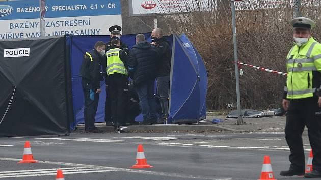 V pátek srazil řidič na Masarykově třídě v Ústí nad Labem chodkyni. Zemřela na místě a řidič ujel.