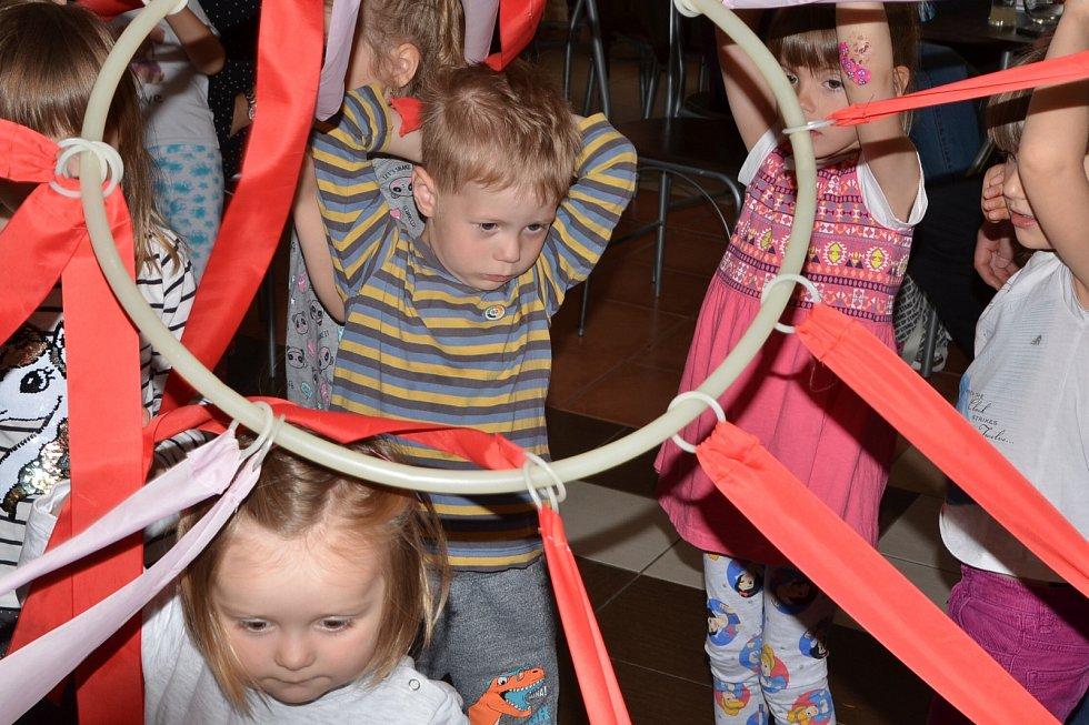 Dětský den v Doběticích vCukrárně u Jenčů
