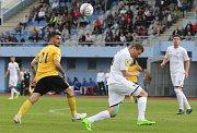Fotbalisté Ústí slaví díky dvěma penaltovým trefám Pilíka důležité tři body.
