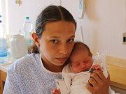 Karolína Hulzerová se narodila v ústecké porodnici 28. 5. 2017(10.38) Lindě Kindermannové.Měřila 48 cm, vážila 2,95 kg.
