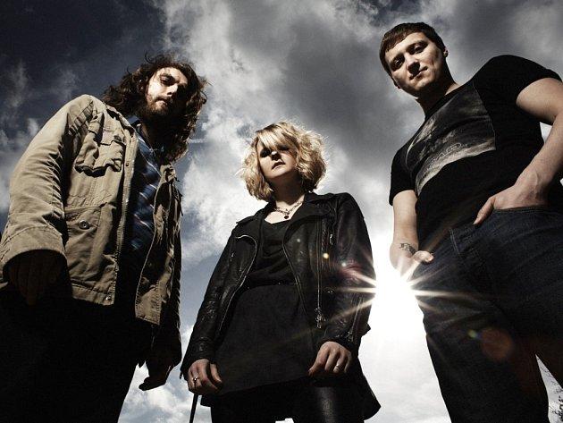 The Subways, punk rockové trio z Británie, bude jednou z hvězd ve Vroutku.