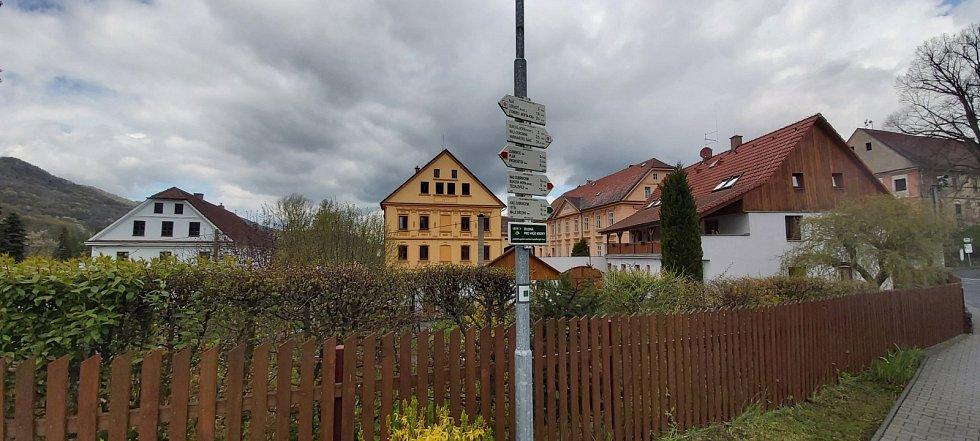 Z procházky po Zubrnicích a místních pamětihodnostech