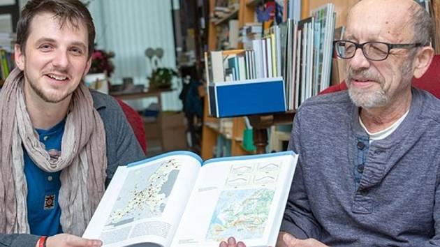 Nejlepší učebnice Univerzity Karlovy má autory z UJEP.