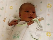 Anička Vondrovská se narodila 3.12. (21.41) Zuzaně Vondrovské. Měřila 47 cm, vážila 2,50 kg.