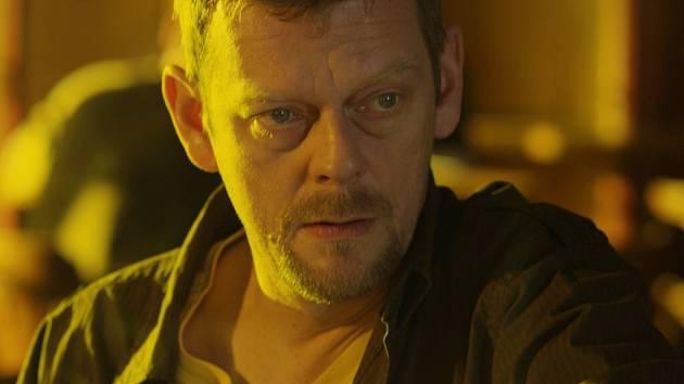 Trochu jinak než ho běžně známe, uvidíme ve snímku Intimity herce Martina Stránského.