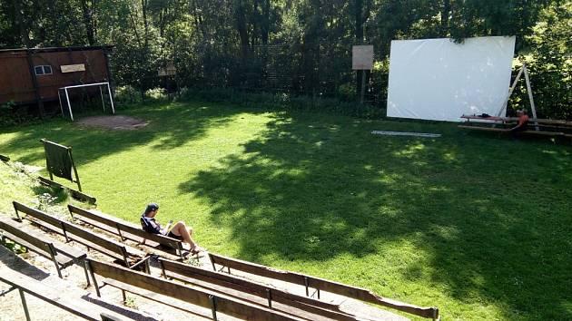 Letní kino Zubrnice.