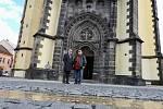 Gotický kostel Nanebevzetí Panny Marie v centru Ústí nad Labem má nejšikmější věž ve střední Evropě. Nově na to upozorňuje informační tabule se šipkou