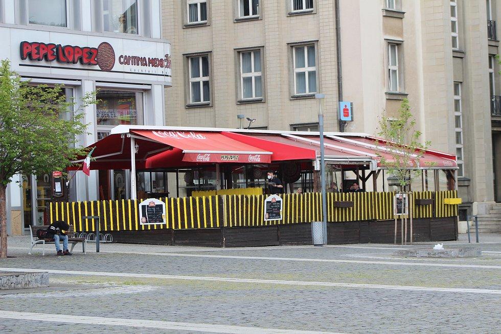 Na snímku předzahrádka Restaurace Pepe Lopez na Mírovém náměstí.
