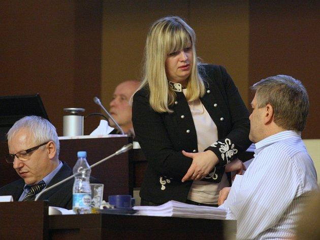 Poslankyně Zuzana Kailová na pondělním jednání zastupitelstva.