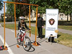 Děti musí vědět, jak jezdit na kole.