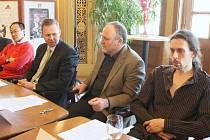 Tisková konference v ústeckém Severočeském divadle opery a baletu k vyhlášení cen Thalie 2008.
