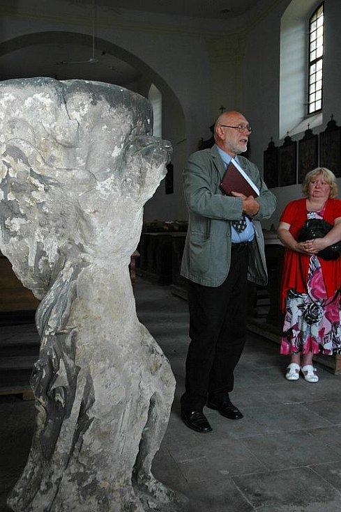 Anděl ze Schönsteinu přistál v kostele v Tisé.