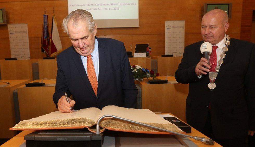 Prezident Miloš Zeman přijel na návštěvu Ústeckého kraje.