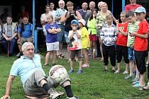Oslavy 70. výročí vzniku FK Malečov ozdobila účast bývalého reprezentanta Karola Dobiáše.