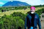 Jan Vojíř z Jablonce nad Nisou v Tanzanii při cestě na Kilimandžáro.