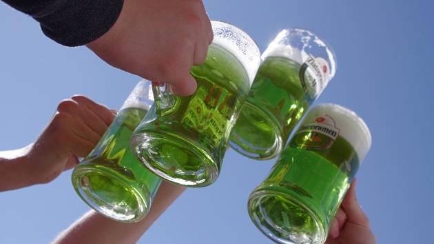 Na Zelený čtvrtek Zelené pivo.