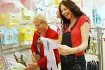 Lenka Taussigová už má nejvyšší čas nakupovat oblečení pro své miminko!