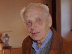 Na výstavě Očima generací na hradě Střekov se v pátek 2. října konalo setkání se spisovatelem Miroslavem Matoušem.