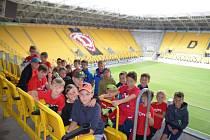 Návštěva stadionu v Drážďanech.
